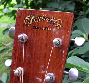 Martin 000-42 Marquis review One Man's Guitar onemanz.com headstock photo
