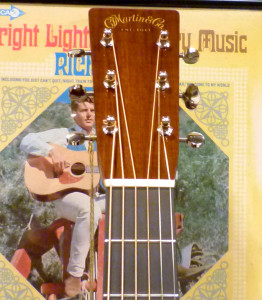 Martin D28 Authentic 1937 review at onemanz.com headtock