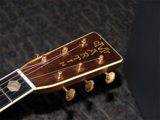 D-45 vs HD-28 Martin 1942 D-45 headstock