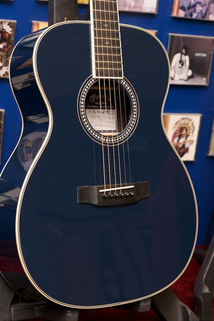 OM ECHF Navy Blues Rosette Top