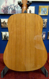 Martin D-18 Sycamore back review at onemanz.com