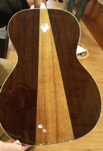 one man 39 s guitar acoustic guitar reviews. Black Bedroom Furniture Sets. Home Design Ideas
