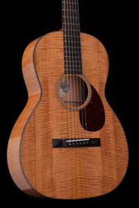 Collings 01 Mh 12-fret NAMM 2017 One Man's Guitar onemanz