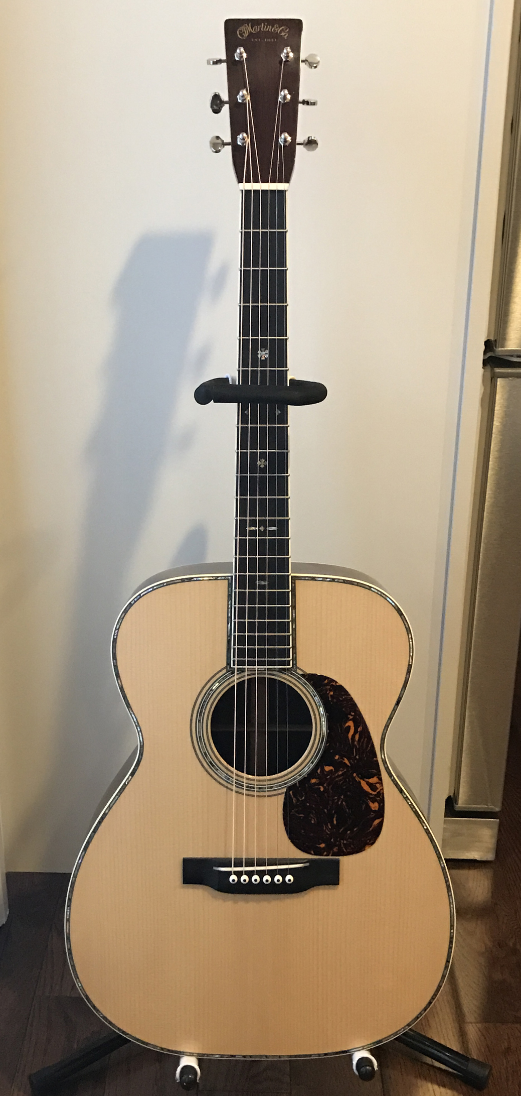 Martin 000-42 conversion full stand