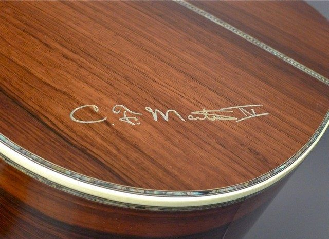 Martin D-45 Celtic Knot signature