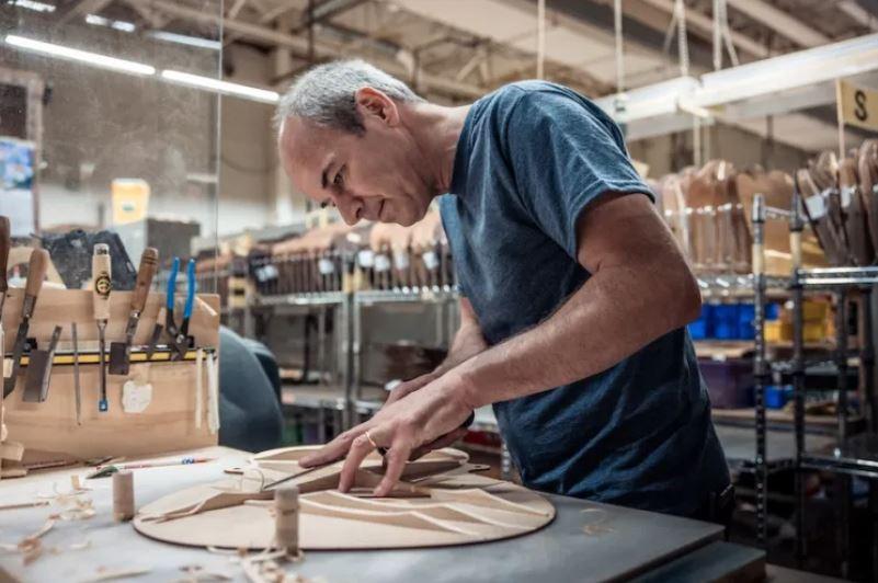 2021 Martin Bracing Guide CEO Thomas-Ripsam onemanz.com