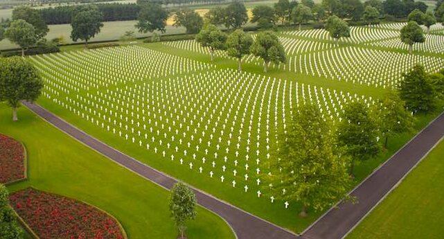 Netherlands-American-Cemetery_onemanz